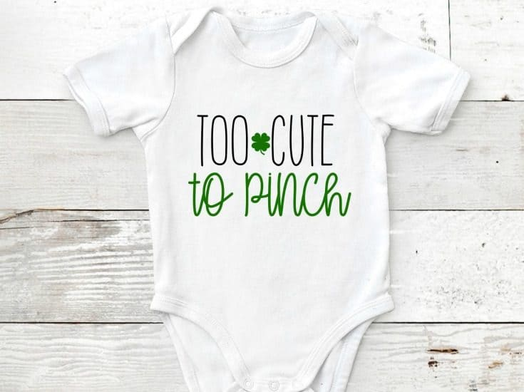Dress up your little cutie in this St Patricks Day Onesie! #freesvgfile #cricut #irononvinyl #stpatricksday