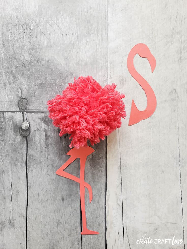 cut flamingo pom pom garland