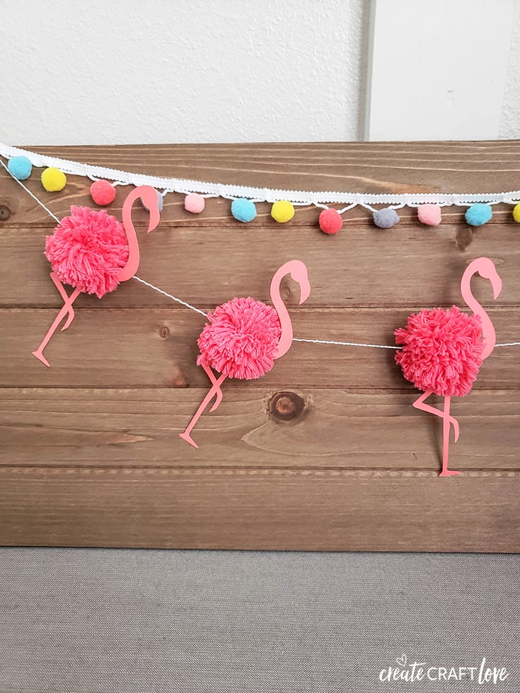 Flamingo Pom Pom Garland for Summer #cricut #summer #flamingo #pompom #garland