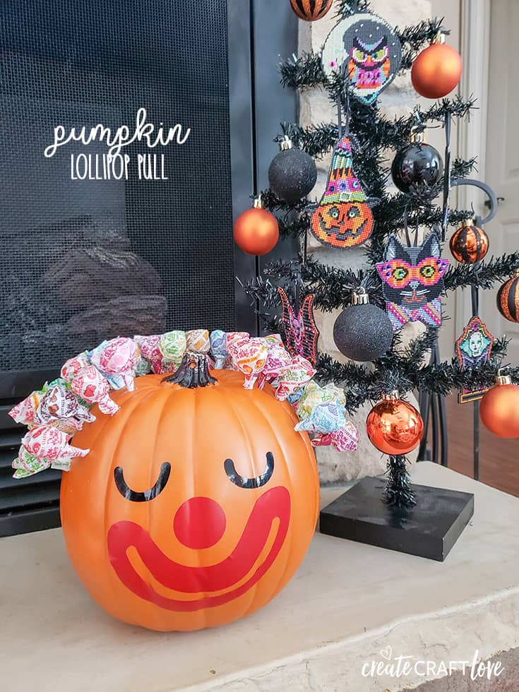 Easy Pumpkin Lollipop Pull #halloween #halloweencraft